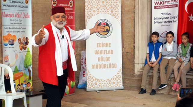 Selimiye Camii avlusunda Masalcı Vakıf Dede oyunu sahnelendi