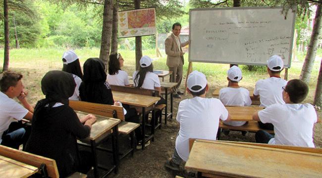"""Afyonda ilkokul öğrencilerinden """"doğa sınıfı"""""""
