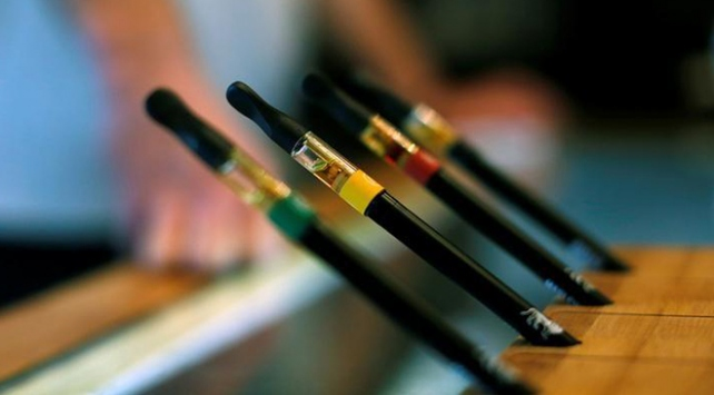 Rusyada patlayan elektronik sigara can aldı