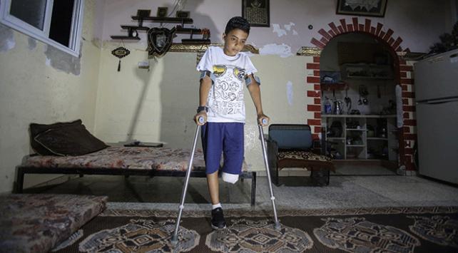 11 yaşındaki Gazzeli Nevfel: Bacağımı kaybedecek hangi suçu işledim?