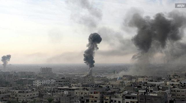 İsrail, Gazzede Hamasa ait iki askeri noktayı vurdu