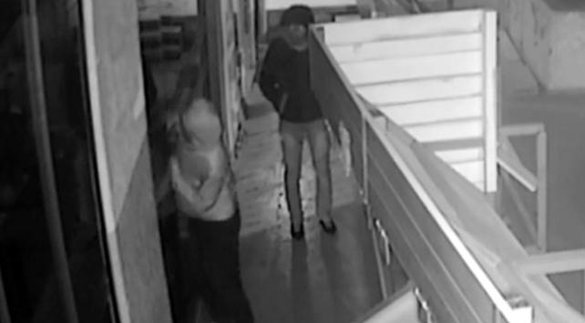 Güvenlik kamerasına yakalanan hırsız: Bana benziyor ama ben değilim