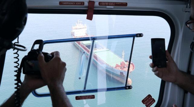 Akdenizi kirleten gemiler havadan denetleniyor