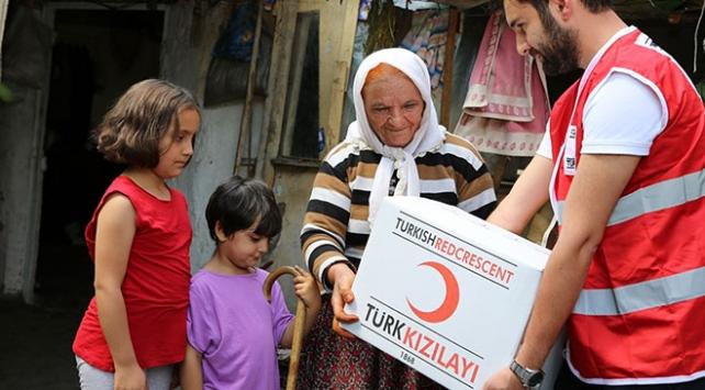 Türk Kızılayından Ramazanda 2 milyon 350 bin kap yemek