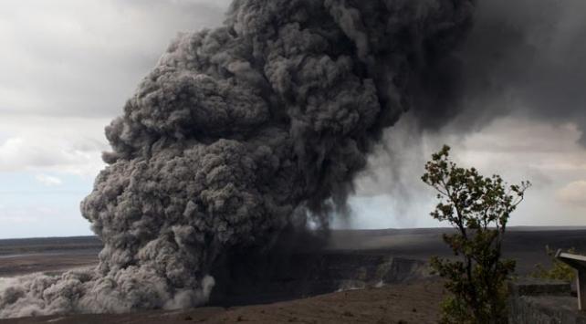 Geçen hafta faaliyete geçen Kilauea Yanardağında yeni patlama
