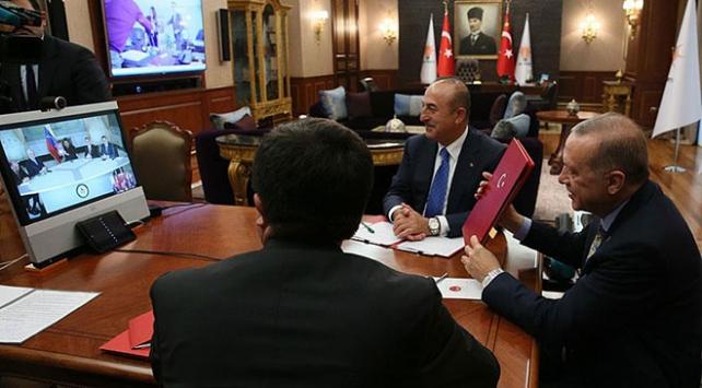 Cumhurbaşkanı Erdoğan Venezuela Devlet Başkanı Maduro ile telekonferansla görüştü
