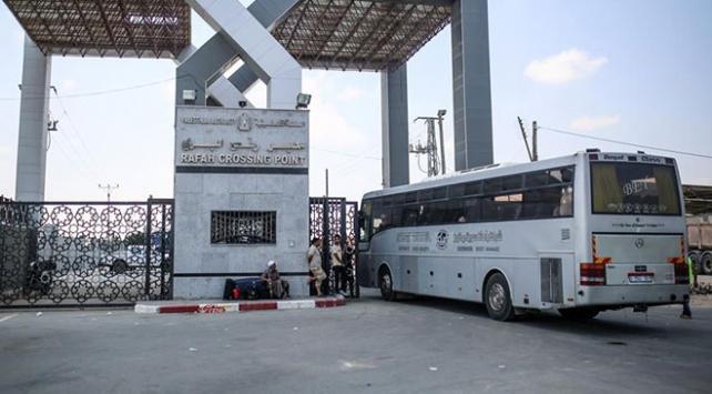 Refah Sınır Kapısı Ramazan ayı için açıldı