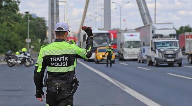 İstanbulda bazı yollar trafiğe kapatıldı