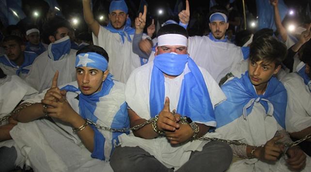 Kerkükte Türkmen gençlerden kefenli seçim protestosu
