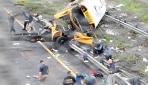 ABDde okul otobüsü ikiye ayrıldı: 2 ölü, 43 yaralı