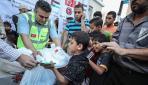 TİKAdan, Gazzede yaklaşık bin aileye iftar yemeği