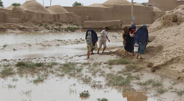 Afganistanda sel felaketi: 9 ölü