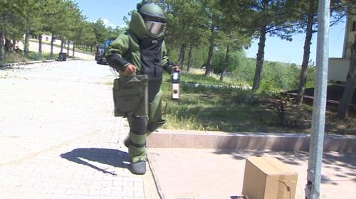 Jandarmanın bomba imha uzmanları böyle eğitiliyor