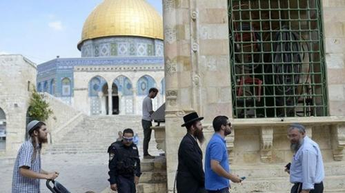 284 fanatik Yahudi, Mescid-i Aksaya baskın düzenledi