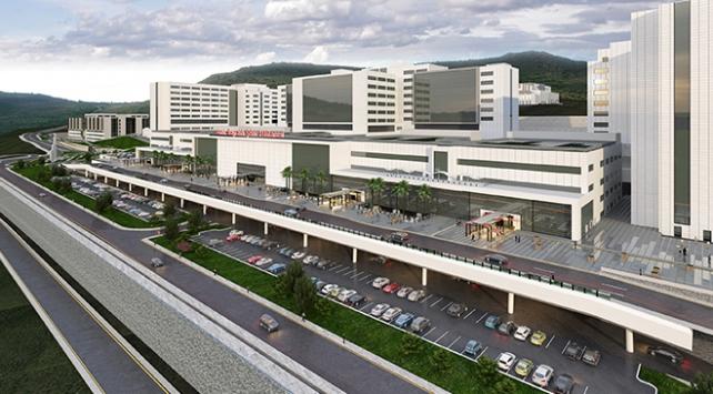 İzmirin en büyük hastanesi bir yıl erken açılacak