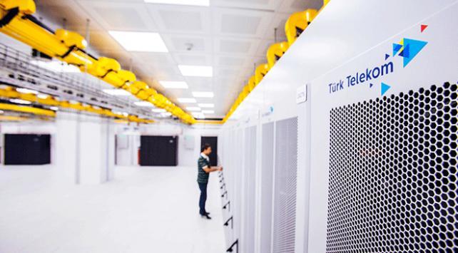 Türk Telekom, Türkiyenin en büyük veri merkezini Esenyurtta açtı