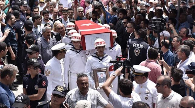 Şehit Musa Sayan ve Mehmet Türken'i binler son yolculuğuna uğurladı