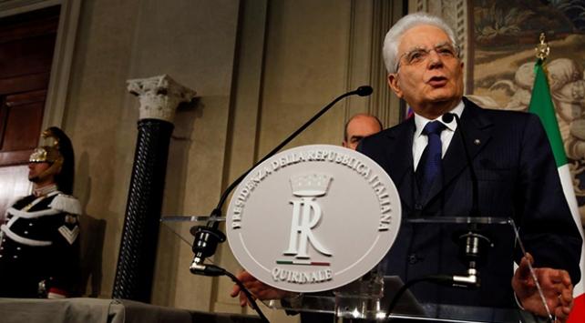 İtalyadaki siyaset düğümü ekonomiyi de vurdu