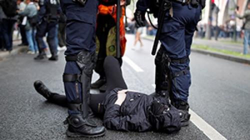 Fransada protestoculara sert müdahale
