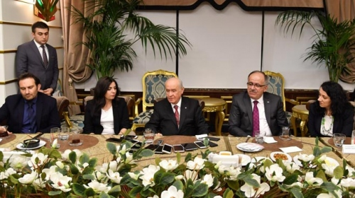 MHP Genel Başkanı Bahçeli: FETÖcü hakimlerin karara bağladığı davalar yeniden görülmeli