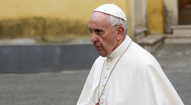 Papa Franciscus: İslamın terörizmle bir tutulması yalan ve saçmalık