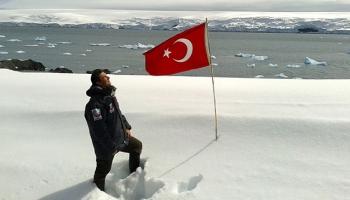 AK Parti beyannamesinde Türk bilim üssü müjdesi
