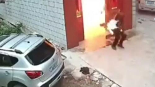 Çinde bir evde doğalgaz patlaması