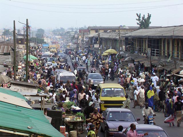 38 - Lagos, Nijerya
