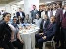 Başbakan Yardımcısı Çavuşoğlu, Bursa'da vatandaşlarla sahur yaptı