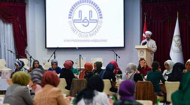 Diyanet İşleri Başkanı Erbaş: Kadın STKların gayretleri her türlü takdirin üstündedir