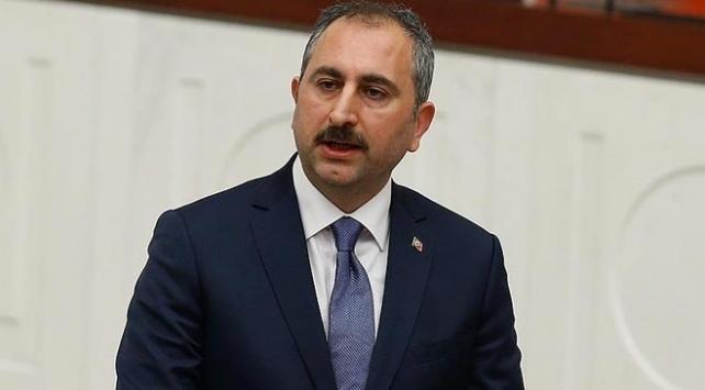 Adalet Bakanı Abdulhamit Gülden zabıt ve icra katiplerine müjde