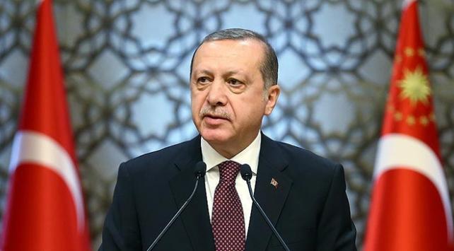 Cumhurbaşkanı Erdoğandan Galatasaray Başkanı Cengize kutlama
