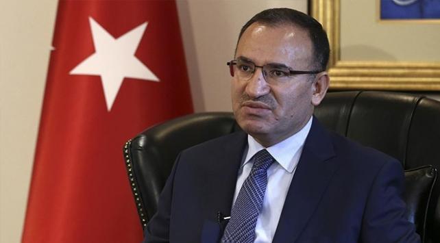 Bekir Bozdağdan TRT aracına saldırıya tepki: Bu suça karışanları Muharrem İnce de kurtaramaz