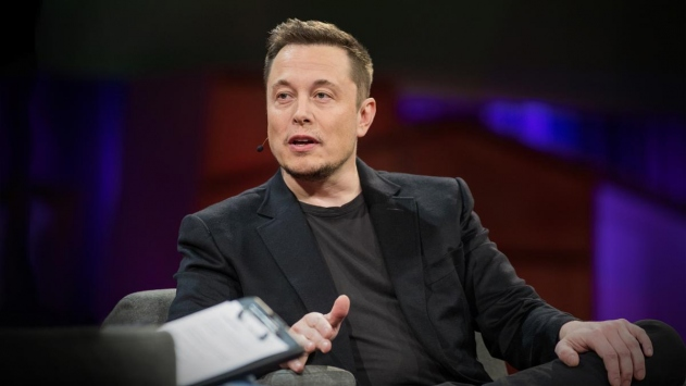 Elon Musk mikroçip ile beyin kontrolünün başarıldığını duyurdu