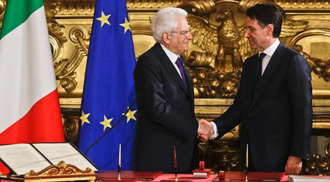 İtalyada siyasi kriz sona erdi: AB karşıtı hükümet görevde