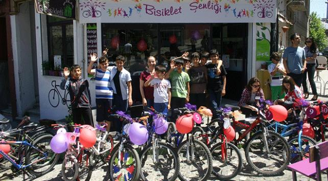 Bisikletseverler şenlikte buluştu