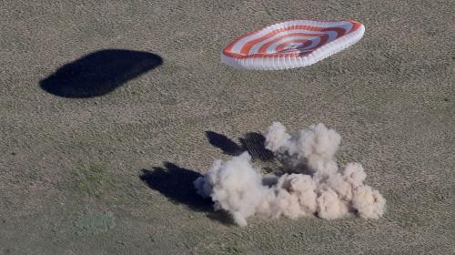 Soyuz kapsülü 168 günün ardından yeryüzüne indi