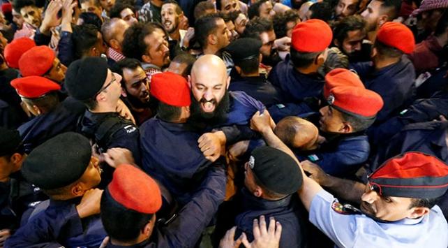Ürdünde vergi yasası protestoları 5. gününde