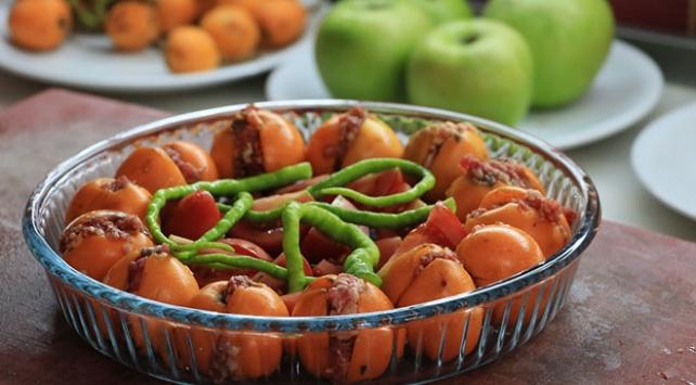 Osmanlı Mutfağı Yemekleri Ve Tatlıları İçin Tıklayınız