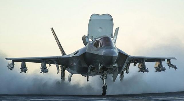İngiltere ilk F-35B savaş uçaklarını aldı