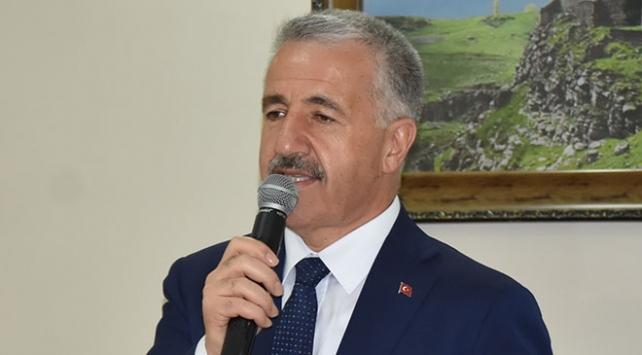 Bakan Arslan: Güvenlik güçleri ülkenin bekası için gözünü kırpmadan mücadele veriyor