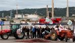 Fransadaki çiftçilerden barikatlı protesto