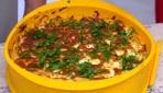 Fırında spagetti pastası