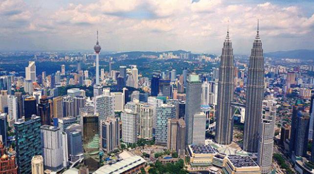 Malezyalılar dış borç için 14 milyon dolar topladı