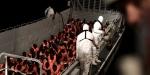 Korsika Adası göçmenleri taşıyan kurtarma gemisine kucak açtı