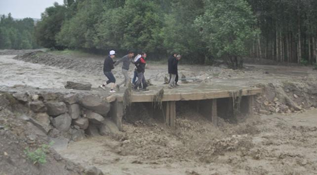 Muşta şiddetli yağış: 1 kişi öldü, 1 kişi kayboldu