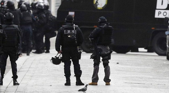 Pariste rehine operasyonu: 3 saldırgan yakalandı