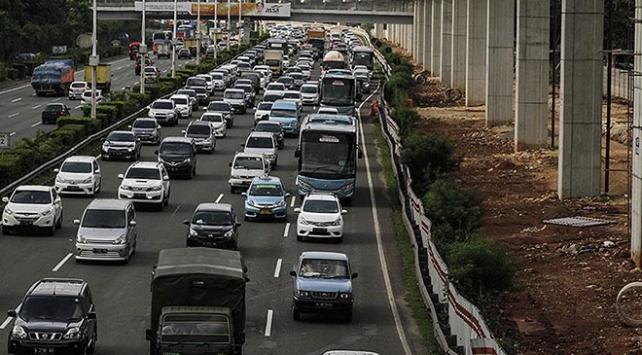 Endonezyada bayram tatili kazalarında 134 kişi öldü