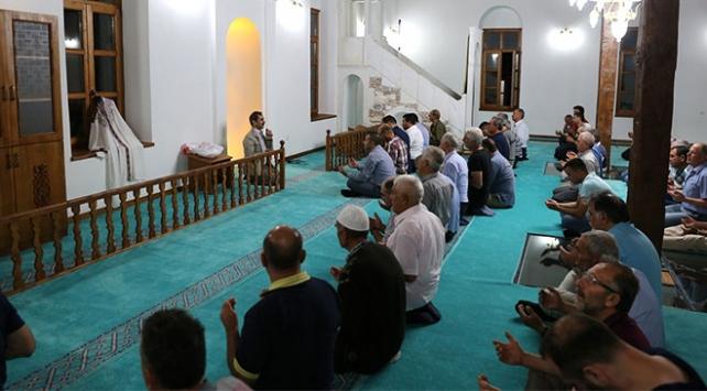 Antik kentteki camide 32 yıl sonra ilk teravih