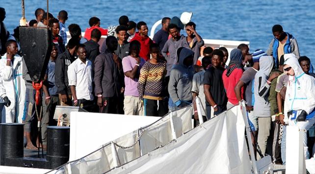 İtalyanın kabul etmediği göçmen gemisi İspanyaya gidiyor